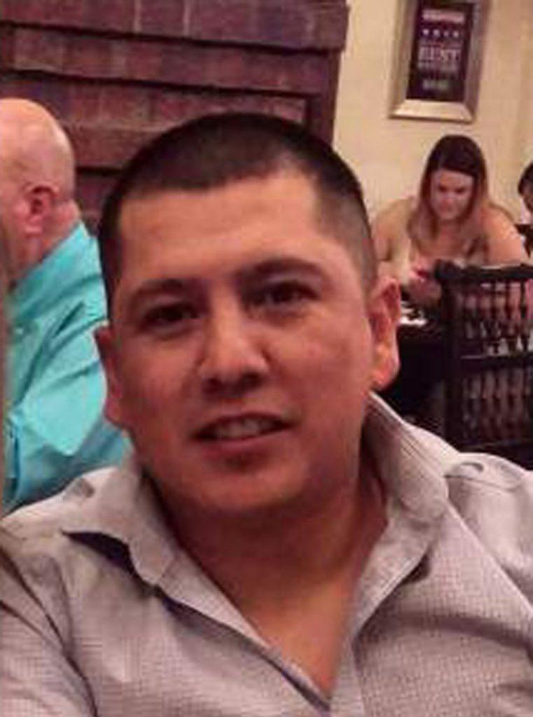 Foto14 Rogelio Martinez  761x1024 Morte misteriosa de agente de fronteira pode ter sido atropelamento
