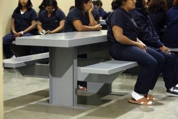 DHS é acusado de ignorar abusos sexuais em prisões da imigração