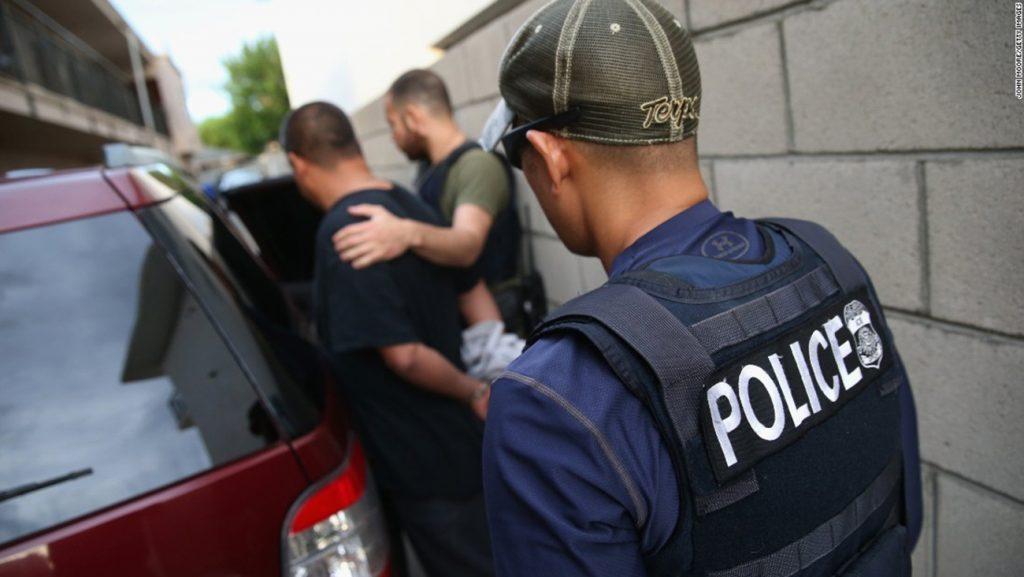 Foto31 Prisao ICE 1024x577 Agentes do ICE prendem 3 brasileiros em New Jersey