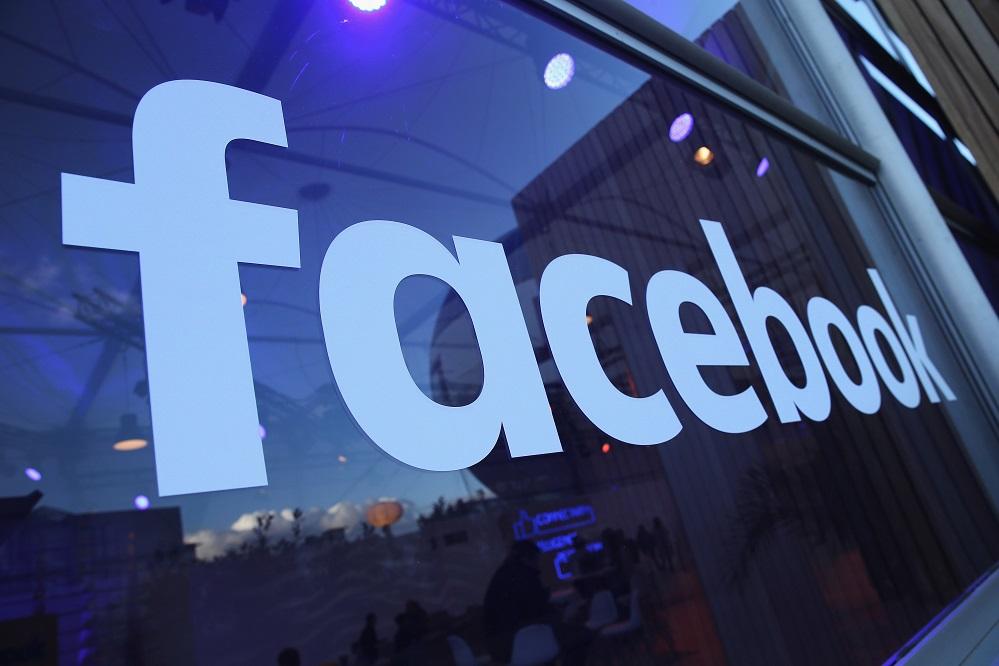 """Foto11 Facebook Facebook combaterá """"fake News"""" antes de eleições no Brasil"""