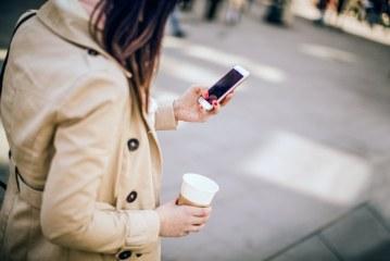 Maplewood quer multar pedestres distraídos ao celular