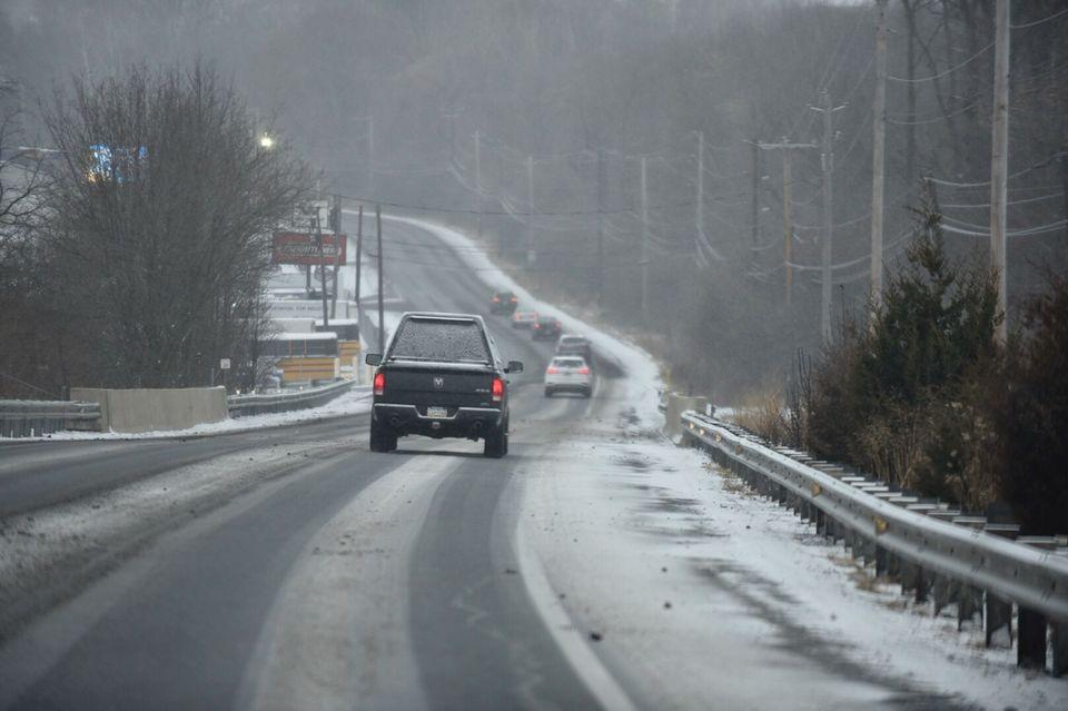 Foto2 NJ Turnpike Autoridades de NJ reduzem limites de velocidade por causa da neve