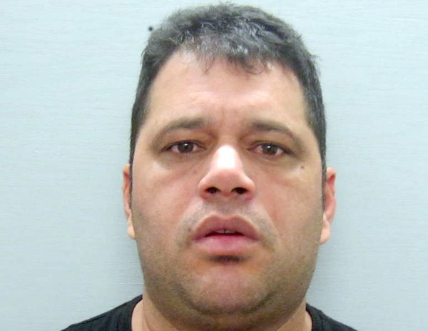 Foto2 Osmal Reyes Faxineiro é preso por roubar cinto em Aeroporto de Newark