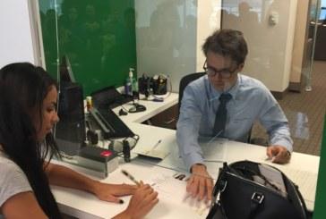"""Consulado de Miami alerta para """"vendas"""" de agendamentos"""