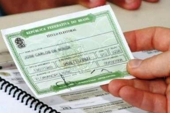 Foto20 Titulo Eleitoral Consulado informa sobre serviços eleitorais no exterior