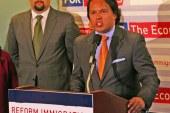 Após orar na posse, pastor retira apoio a Trump por postura anti-migrante