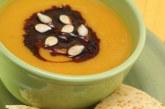 Sopa de abóbora assada com caramelo balsâmico