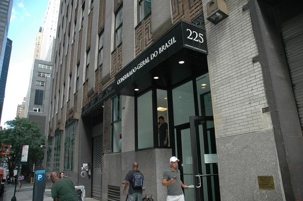 Foto18 Consulado Geral do Brasil em NY Imigrantes: Últimos dias para o recadastramento do INSS