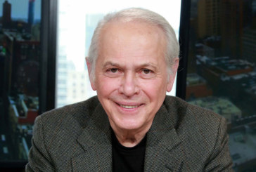 Lucas Mendes fala dos 25 anos de sucesso do Manhattan Connection