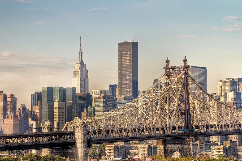New york city avalia banir fumar em cal adas for New york new york on the town