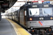 NJ Transit suspende condutor por alerta falso de batida do ICE