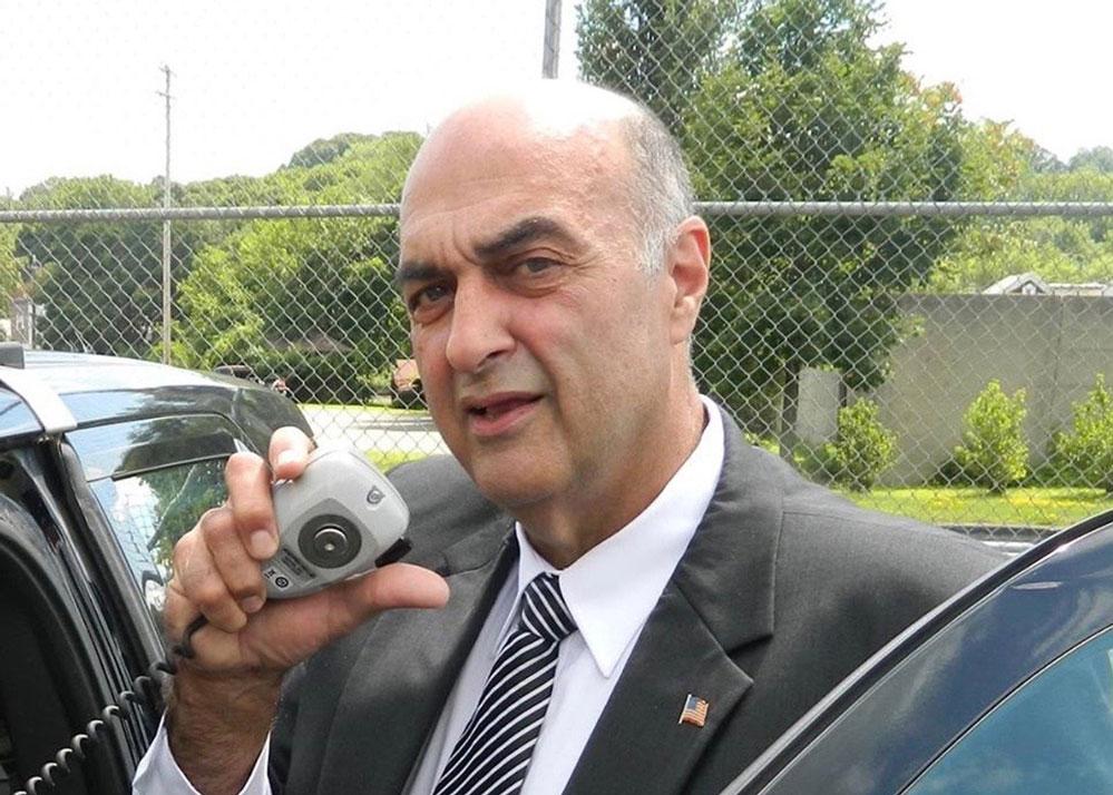 Foto28 Patrick Russo Apenas um xerife de NY assina acordo de ajuda de cooperação com o ICE
