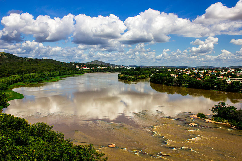 ridoc Onde eu nasci passa um rio