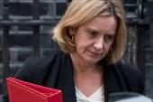 Escândalo migratório faz ministra britânica perder cargo