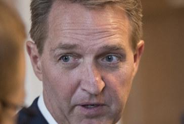 """Filho de senador quer processar """"caçador de ilegais"""" no Arizona"""