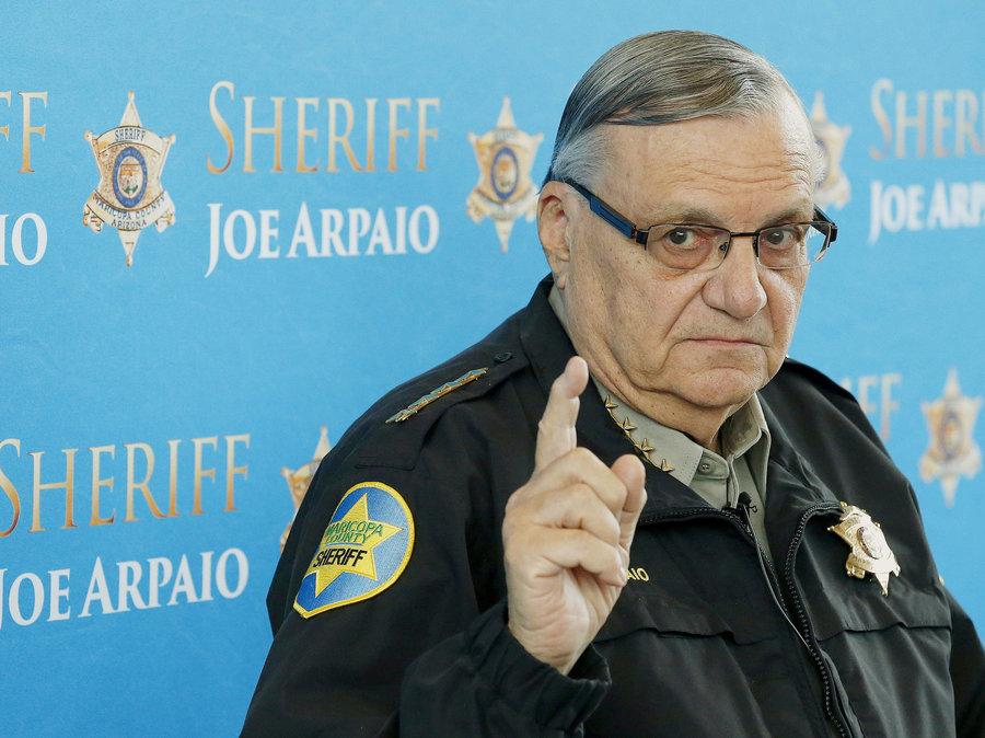 """Foto17 Joe Arpaio Filho de senador quer processar """"caçador de ilegais"""" no Arizona"""