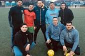Policiais jogam futebol com imigrantes em NY