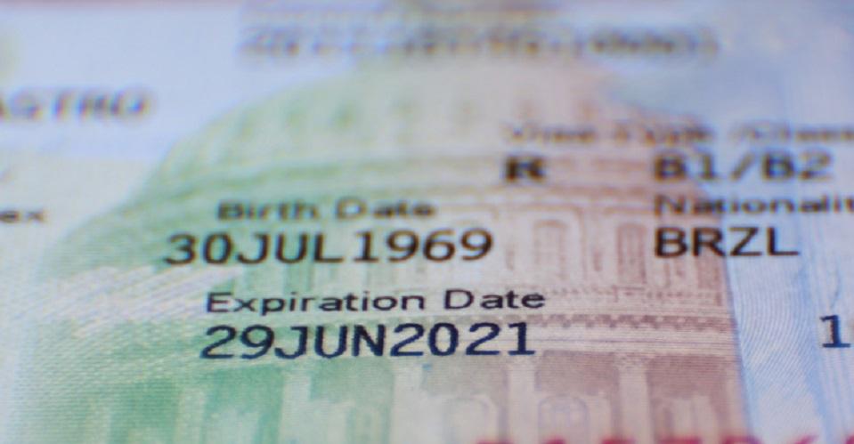 Foto18 e Visa 1 Americanos lideram pedidos de e Visa para o Brasil