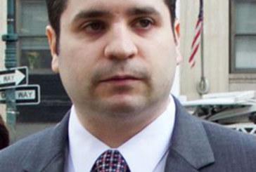 """Ex-policial """"canibal"""" desiste de custódia da filha em NY"""