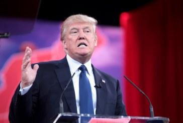 """Trump ameaça """"fechar os EUA"""" se muro não for construído"""