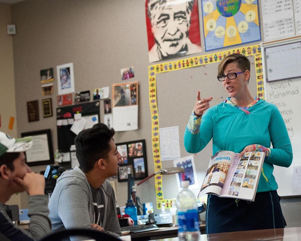 """Foto9 Mandy Manning Trump ignora que """"Professora do Ano"""" ensina imigrantes e refugiados"""
