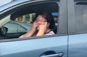 Motorista debocha de veterano asiático e vídeo viraliza na internet