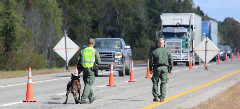 Foto14 Blitz na Interstate 95 Brasileiro indocumentado é preso em blitz na Nova Inglaterra