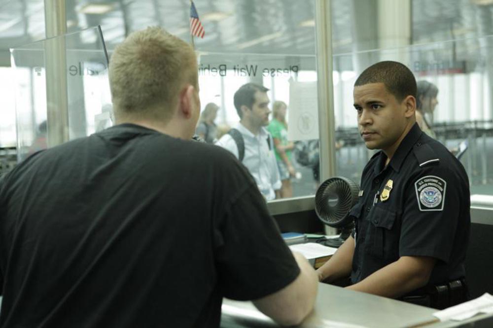 Foto5 Alfandega USA Brasileiros são presos ao tentarem entrar nos EUA por Porto Rico