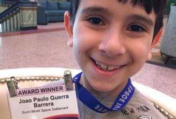 Vencedor de concurso da NASA, brasileirinho dá palestra no MIT