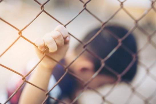 Detenção de crianças imigrantes gera indústria bilionária