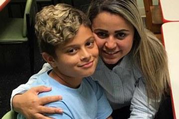 Juiz ordena liberação de filho separado de brasileira na fronteira