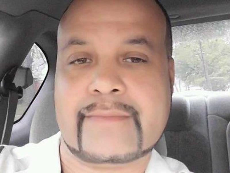 Foto1 Clifton Divers Agente do ICE é condenado a 3 anos de prisão por extorsão