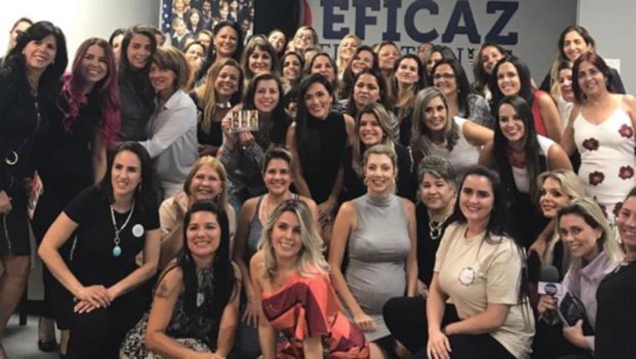 """Foto12 Rodada de negocios no sul da Florida Mulheres lançam associação """"AME"""" em Newark"""