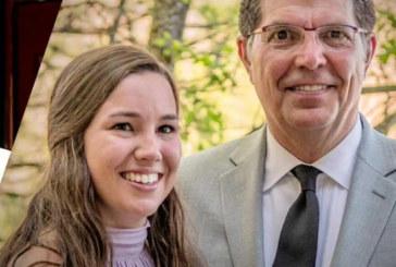 Pai de universitária morta agradece latinos por ajuda na busca da filha