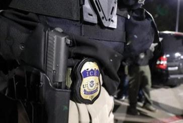 Agente do ICE é acusado de estuprar 2 mulheres