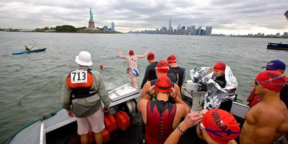 """Foto1 Equipe do Liberty to Freedom Swim  Nadadores brasileiros tentam repetir vitória no """"Liberty to Freedom Swim"""""""