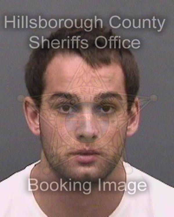 Foto1 Erick Bretz 1 1 Brasileiro preso por violência doméstica é solto após pagar fiança
