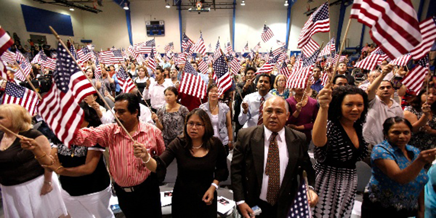Foto11 Cerimonia de naturalizacao  Governo americano vai dificultar aprovação de processos de cidadania