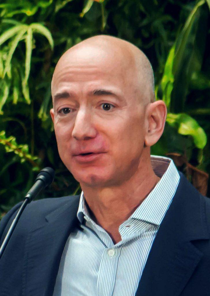 Foto11 Jeff Bezos Dono da Amazon cria fundo de 2 bilhões para os sem teto