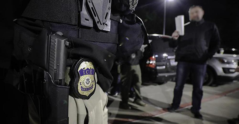 Foto3 Prisao ICE Batidas do ICE prendem 98 imigrantes em North Texas e Oklahoma