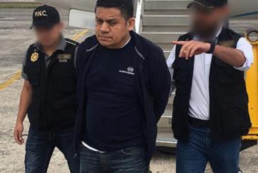 ICE deporta foragido procurado por homicídio