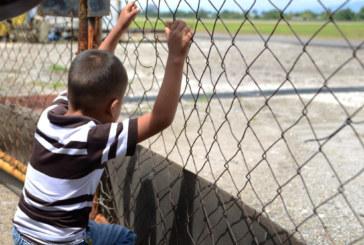 Número de crianças imigrantes detidas ultrapassa 12 mil