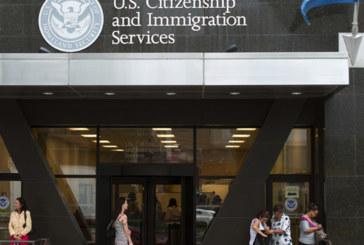 Imigrantes legais que abusarem de benefícios públicos podem ser deportados