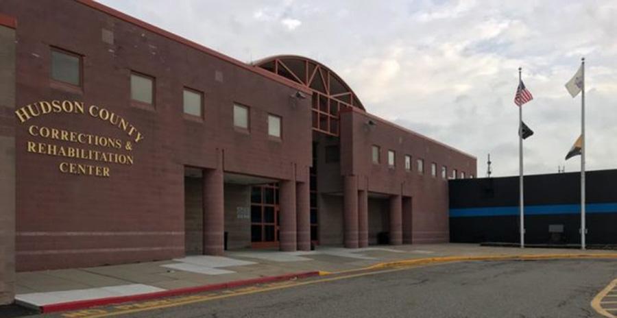 Foto22 Penitenciaria do Condado de Hudson Vítima de estupro é mantida em centro de detenção do ICE
