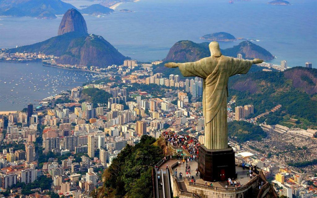 Foto10 Cristo Redentor  Brasil planeja cancelar a exigência de vistos para americanos