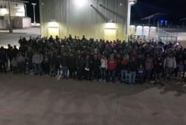 Foto11 Imigrantes detidos 266x179 Home page