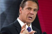 Governador de Nova York perdoa 22 imigrantes em risco de deportação