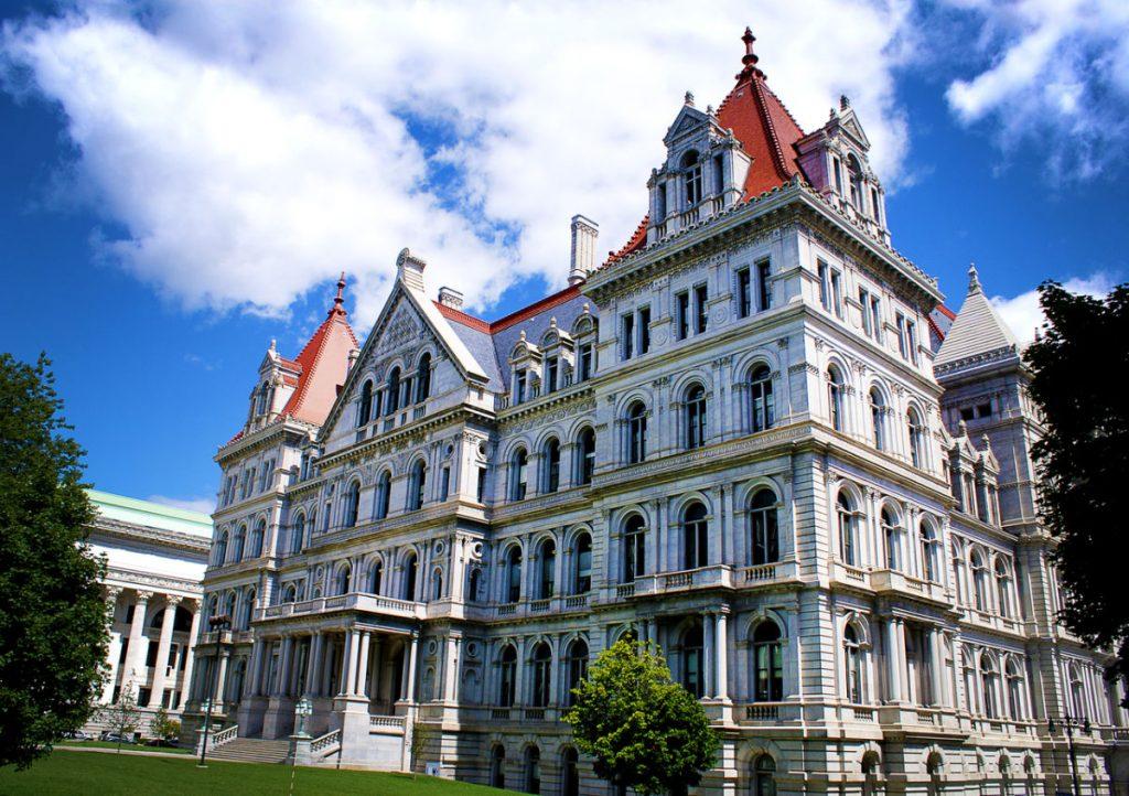 Foto8 Capitolio New York NY: Aprovado projeto de ajuda financeira aos universitários indocumentados