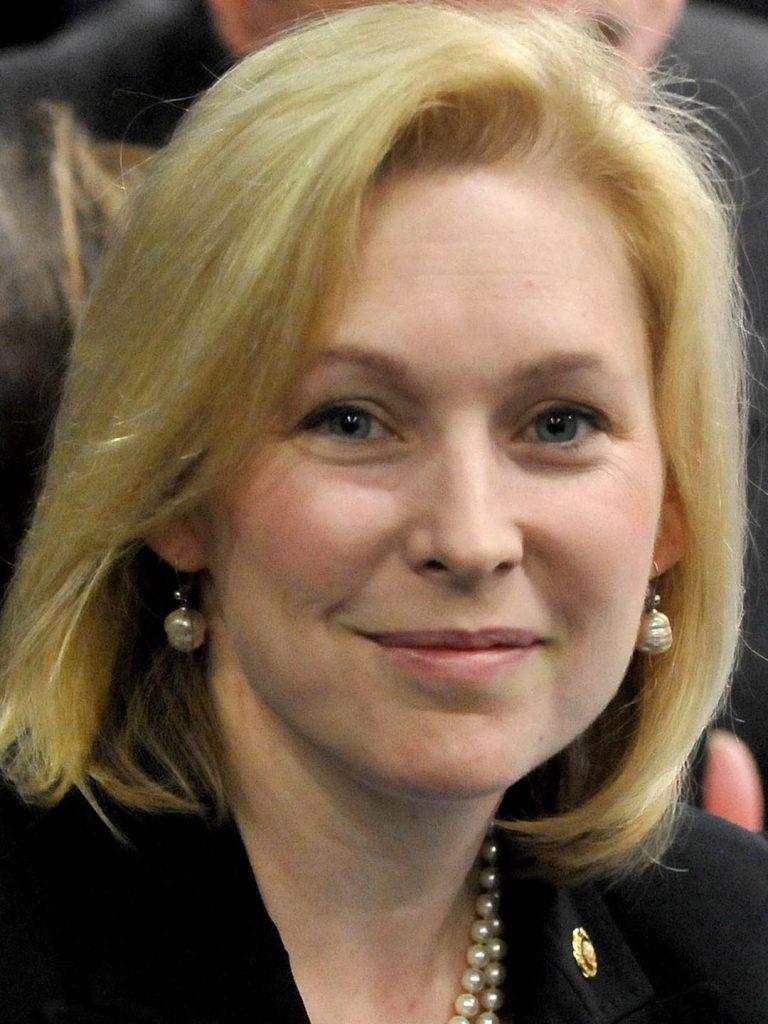 Foto8 Kirsten Gillibrand Senadora muda de ideia e apoia carteira para indocumentados em NY