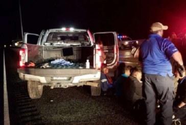 Três brasileiros são presos durante perseguição policial no TX
